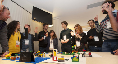 dai-network-ai-partner_lego-workshop_people